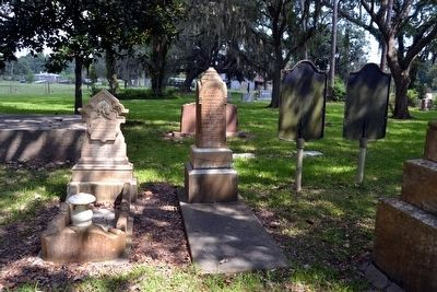 Graves and Headstones of the Perrys image. Click for full size.