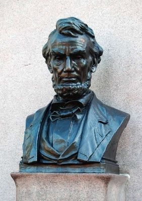 Lincoln Address Memorial<br>Lincoln Bust image. Click for full size.