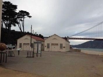 Crissy Field Buildings image. Click for full size.