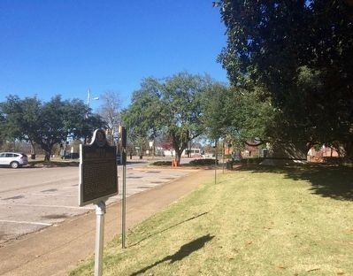 View of marker looking north towards South Jackson Street image. Click for full size.