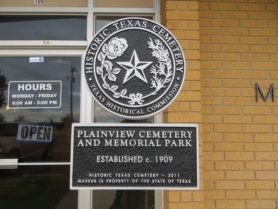 Plainview Cemetery and Memorial Park Marker image. Click for full size.