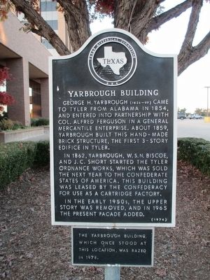 The Yarbrough Building Marker image. Click for full size.