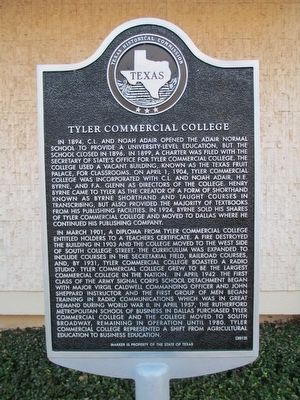 Tyler Commercial College Marker image. Click for full size.