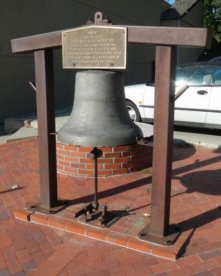 Old Fire Bell image. Click for full size.