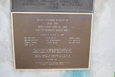 Glenfield War Memorial - Redediction and Vietnam Era Marker image. Click for full size.