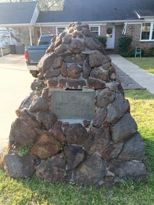 Livingston, Ala. Marker and stone monument image. Click for full size.