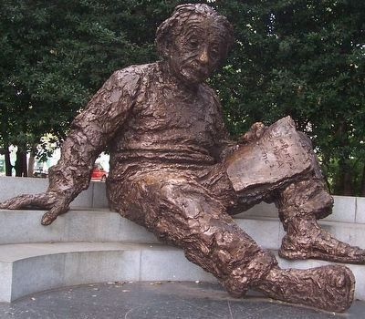 Albert Einstein Sculpture by Robert Berks image. Click for full size.