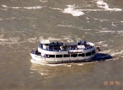 Maid of the Mist boat image. Click for full size.
