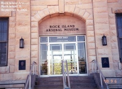 Entrance to the Rock Island Arsenal Museum image. Click for full size.