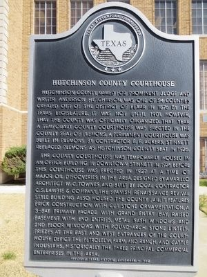 Hutchinson County Courthouse Marker image. Click for full size.