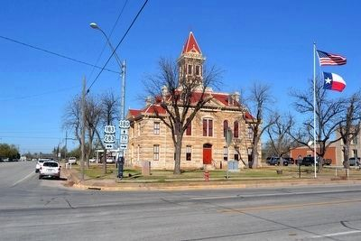 Throckmorton County Courthouse image. Click for full size.