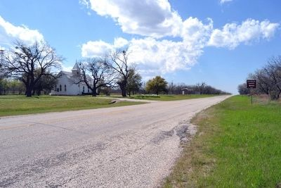 View to West on Farm-to-Market Road 209 image. Click for full size.