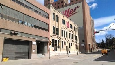Miller Brewing Company Building (marker attached to building) image. Click for full size.