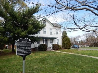 L.J. Smith Farmhouse image. Click for full size.