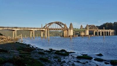 Siuslaw River Bridge (<i>west view at sunset</i>) image. Click for full size.