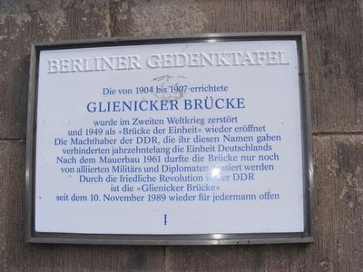 Glienicker Brucke Marker image. Click for full size.
