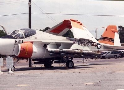 Grumman A-6 Intruder image. Click for full size.