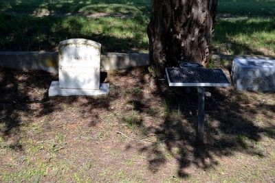 Marker and Grave of Emma Daugherty Banister image. Click for full size.