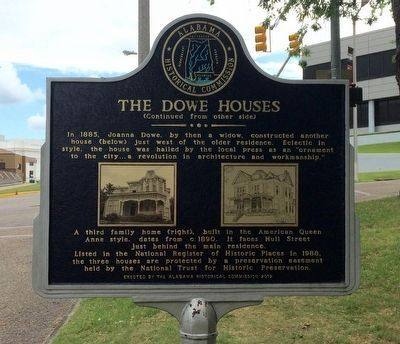 The Dowe Houses Marker (reverse) image. Click for full size.