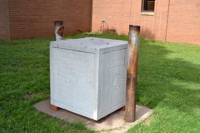 Cornerstone of 1911 Courthouse image. Click for full size.