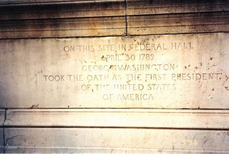 Inscription on George Washington Statue image. Click for full size.