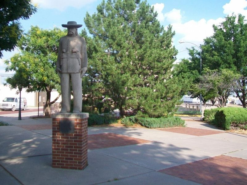 "James Butler ""Wild Bill"" Hickok Statue and Marker image. Click for full size."