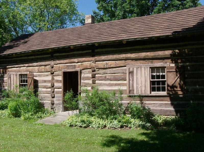Baeseman Log Cabin image. Click for full size.