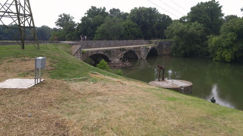 Conococheague Aqueduct image. Click for full size.