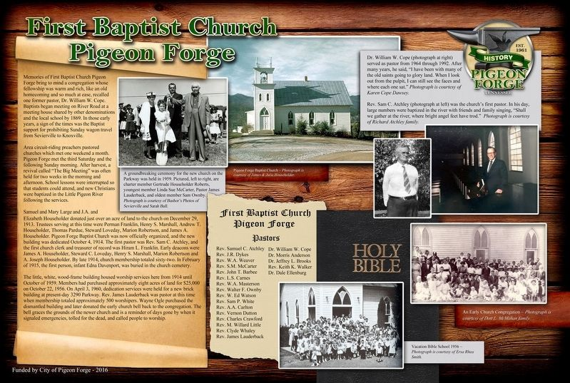 First Baptist Church Pigeon Forge Marker image. Click for full size.