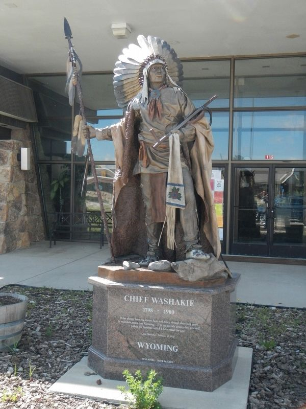 Statue of Chief Washakie located in front of the Shoshone Tribal Center image. Click for full size.