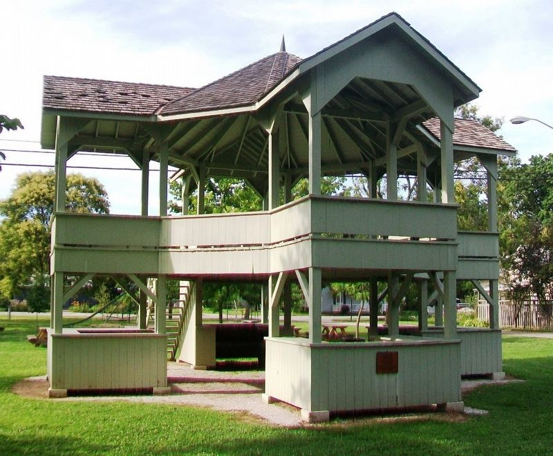 Maclure Park Bandstand and Marker image. Click for full size.