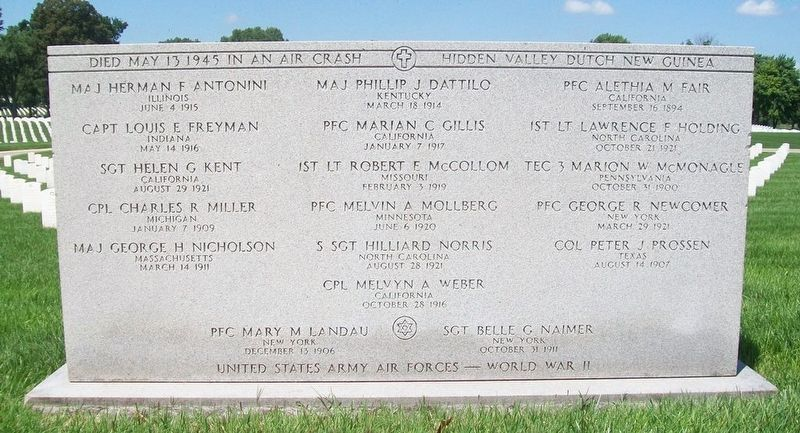 U.S. Army Air Forces Air Crash Victims May 13, 1945 Monument image. Click for full size.
