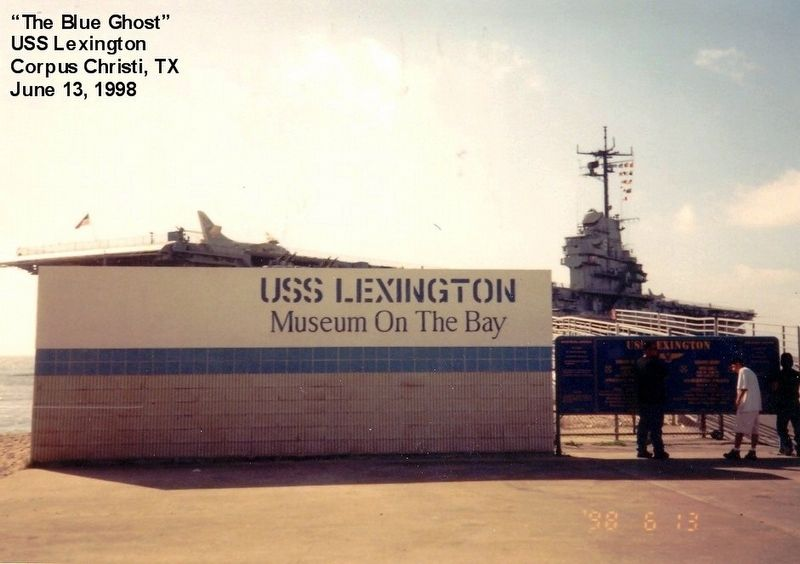 USS Lexington Museum on the Bay image. Click for full size.