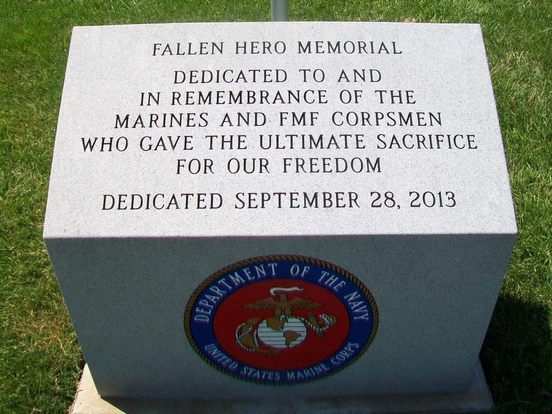 Fallen Marines and FMF Corpsmen Hero Memorial image. Click for full size.