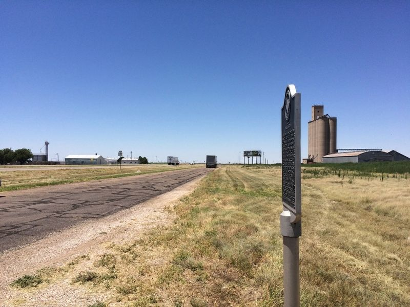 Town of Washburn Marker looking north on Highway 287. image. Click for full size.