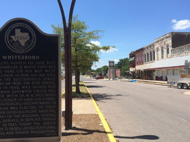 Whitesboro Marker looking towards City Hall. image. Click for full size.