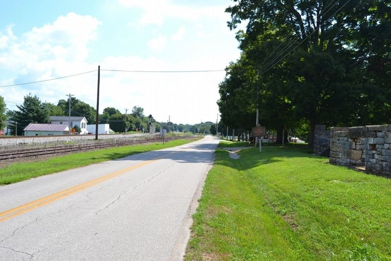 View to East Along Old Dixie Highway image. Click for full size.