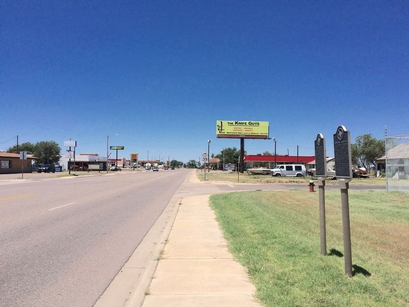 The view west on U.S. Highway 287. image. Click for full size.
