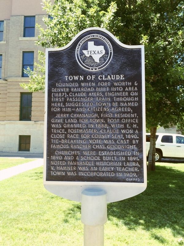 Town of Claude Marker image. Click for full size.