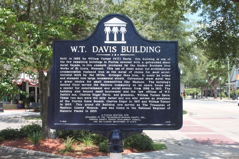 W.T. Davis Building Marker image. Click for full size.