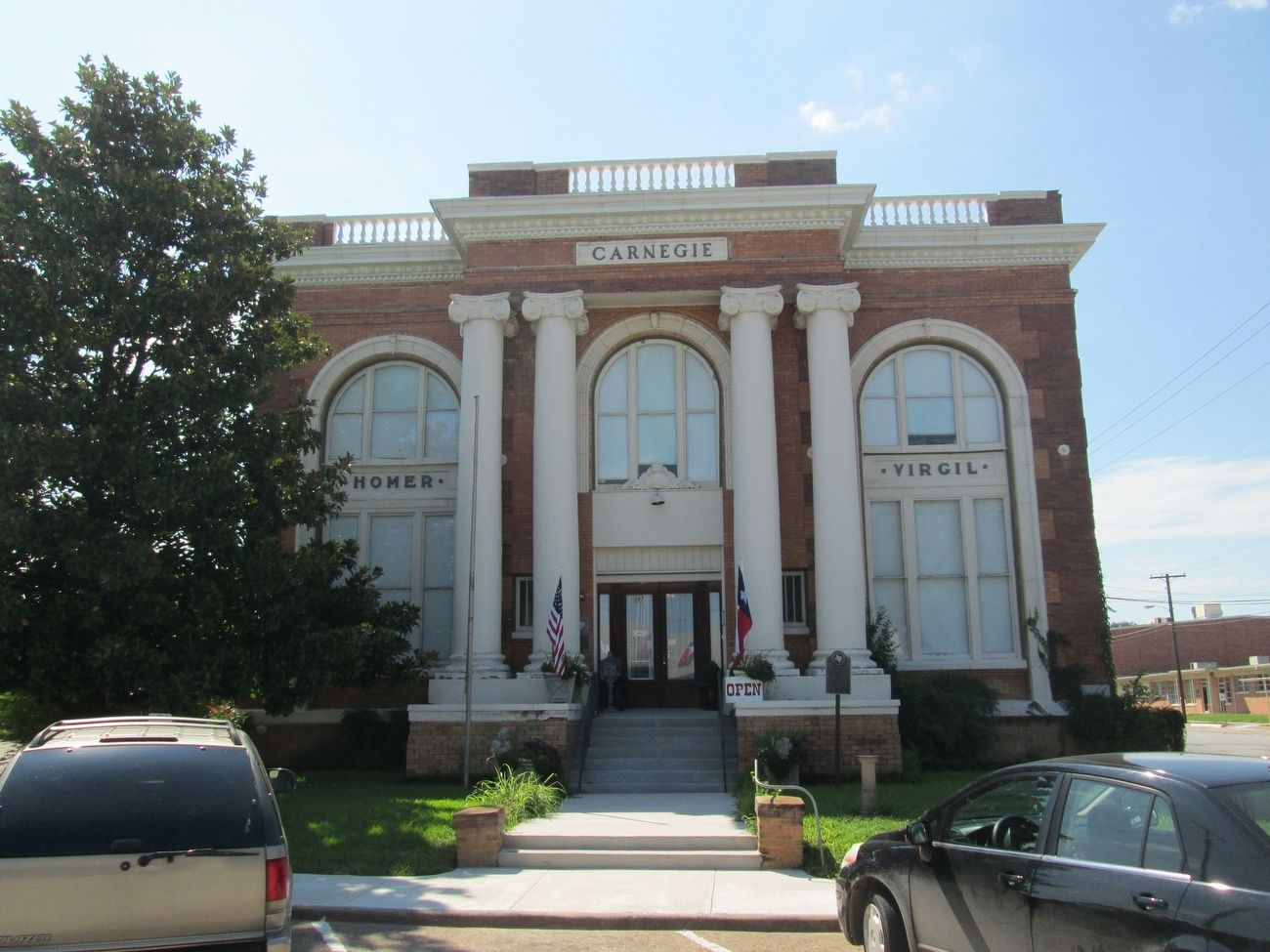Carnegie Public Library image. Click for full size.