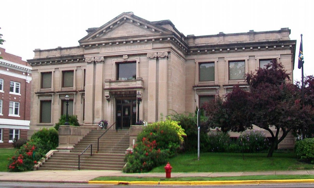 Manistee City Library image. Click for full size.
