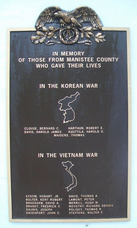 Manistee County War Memorial Marker image. Click for full size.