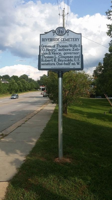 Riverside Cemetery Marker (facing south) image. Click for full size.