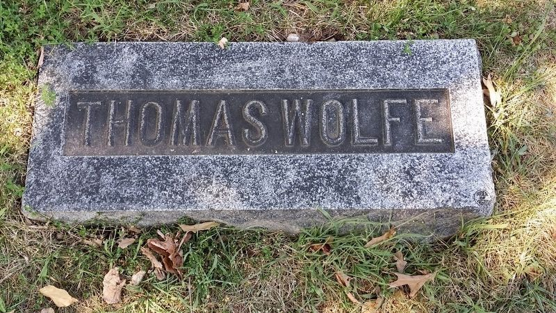 Grave of Thomas Wolfe image. Click for full size.