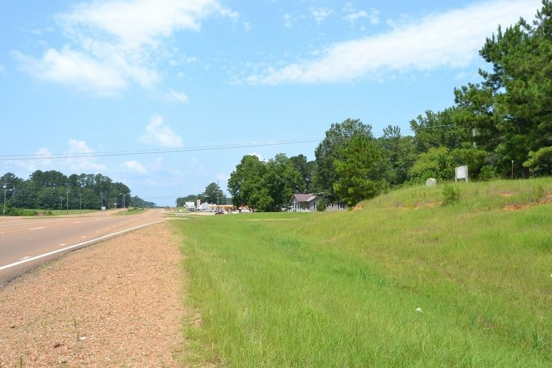 View to the West from US 82 image. Click for full size.