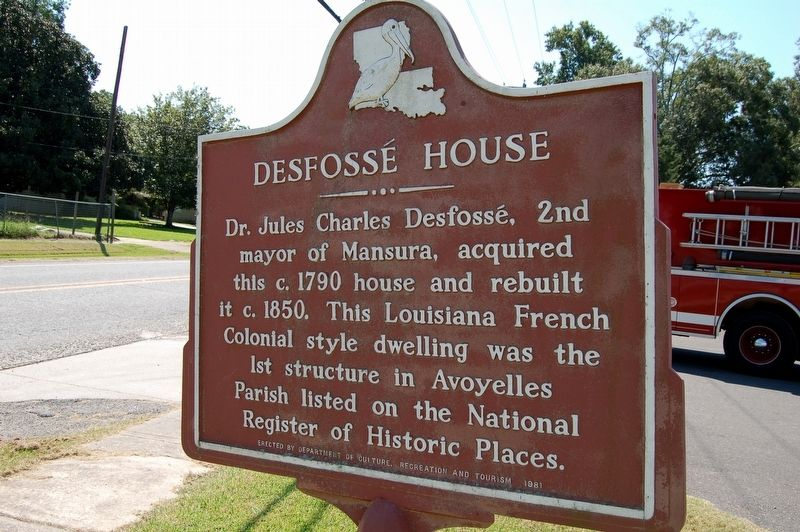 Desfossé House Marker image. Click for full size.
