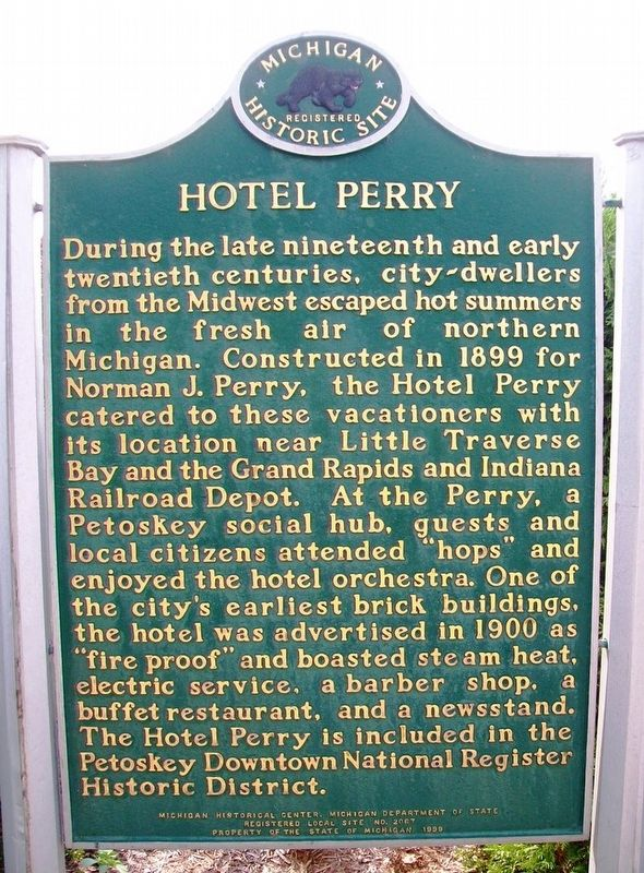 Hotel Perry Marker image. Click for full size.