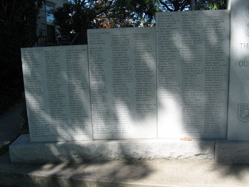 Putney Veterans Monument image. Click for full size.