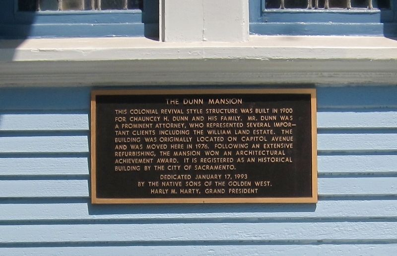 The Dunn Mansion Marker image. Click for full size.